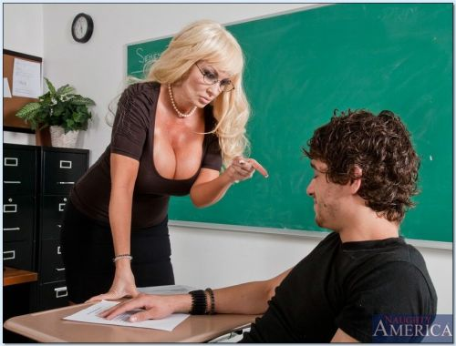Mature sex teacher Brittany ONeil shafted hardcore on her desk